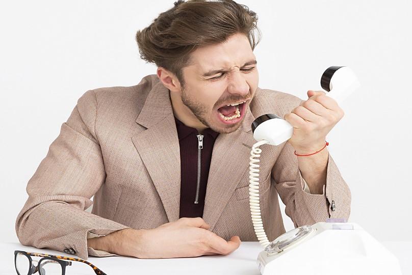 telephoning2